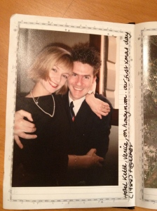 This is us 25 years ago; on honeymoon, on xmas day, in Venice. No wonder, we are smiling.