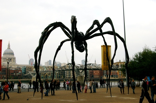 Londoners showing characteristic insouciance   & ignoring 40 foot tall spider...